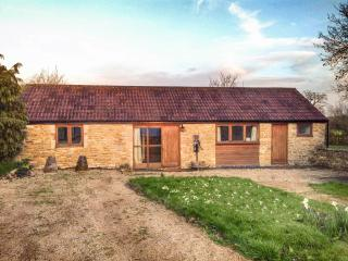 Whitley Coach House - 25 Minutes Bath & 5 Lacock - Whitley vacation rentals