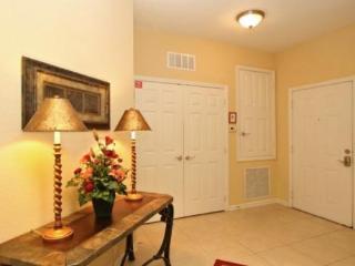 Vista Cay Executive Penthouse. Peaceful retreat fr - Orlando vacation rentals