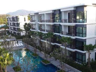 Beach front apartment Rawai Phuket - Coral Island (Koh Hae) vacation rentals