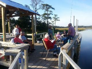 Coastal Georgia Deepwater, Pet Friendly, Pool, Dock & Boatlaunch! - Townsend vacation rentals