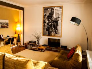 Aplace Antwerp: splendid first floor city flat with a gorgeous view - located in the fashion district area - Flanders & Brussels vacation rentals