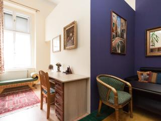 Stunning 2 bdr apartment in the very heart of Budapest - Budapest & Central Danube Region vacation rentals