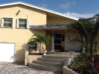 beautiful slip level house in plantation - Plantation vacation rentals