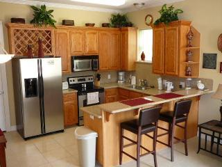 Fun AFFORDable 1st fl cndo prvt pool/parkng - South Padre Island vacation rentals
