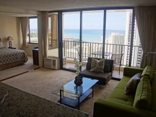 Luxury Ocean View condo, Free parking, sleeps 5! - Honolulu vacation rentals