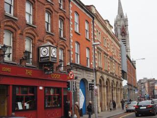 Crompton Hall Christchurch Holiday Apartment - Dublin vacation rentals