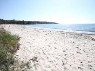 QUEENSLAND BEACH - QUEENSLAND BEACH HOUSE IN HUBBARDS BREATH TAKING VIEWS SPECTACULAR BEACH - Hubbards - rentals