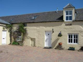 18C 2-bedroom cottage Blairgowrie, Perth, Scotland - Blairgowrie vacation rentals
