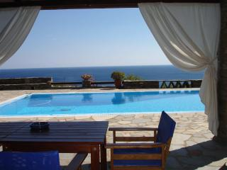 4 bedroom Villa with Internet Access in Kea - Kea vacation rentals