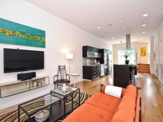 Super-modern condo 1 mile to Uptown-2br/2.5ba - North Carolina Piedmont vacation rentals