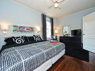 Large 1br in Most Walkable Neighborhood-Elizabeth - Charlotte vacation rentals