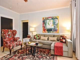 Bright and Quiet End Unit in Historic Dilworth - Charlotte vacation rentals