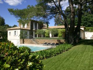 Villa Gigaro holiday vacation large villa rental france, riviera, cote dazur, near st. tropez, near sea, beaches, pool, air condition - Saint-Tropez vacation rentals