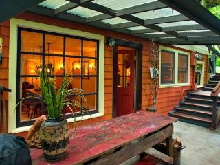 Farmhouse Cottage in the Garden (South West PDX) - Portland vacation rentals