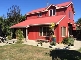 Redbarn boutique holiday accommodation - Wanganui vacation rentals