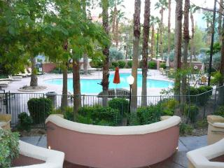 Resort Style Living In Las Vegas - Las Vegas vacation rentals