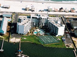 Gulf Shores Surf Racquet 305B - 408592 Great Spring dates available! Call Today! - Gulf Shores vacation rentals