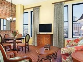 Roomy 1 BR near French Quarter sleeps 4 - New Orleans vacation rentals