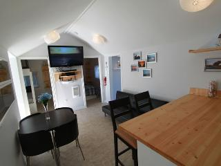 Beach1*com - Plovers Cove Cottage - Wasaga Beach vacation rentals