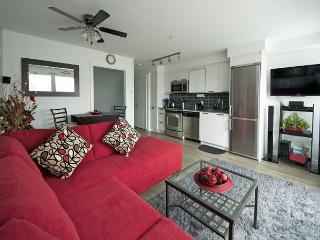 Lux Condominium starting at $135 CAD including underground parking - Victoria vacation rentals