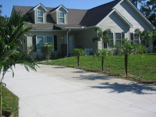Beautiful Country Retreat - Walking Trails - North Port vacation rentals