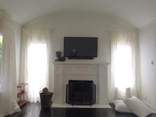 Maison Blanc 1239-2 bdrm, 3 bath w/ private garden - Los Angeles vacation rentals