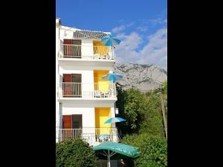 35223 A6 (3+1) - Bratus - Bratus vacation rentals