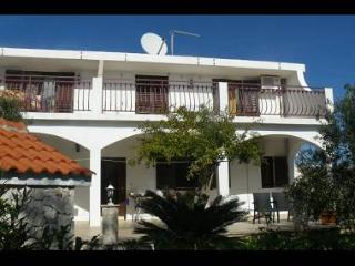 35265  B(2) - Zecevo - Sibenik-Knin County vacation rentals