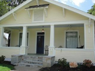 Charming 4 bedroom Bryan House with Internet Access - Bryan vacation rentals