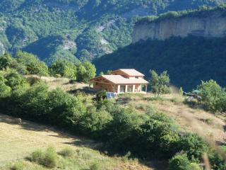 Studio with a Grill, Garden, and a Balcony with Great Panoramic Views - Digne les Bains vacation rentals