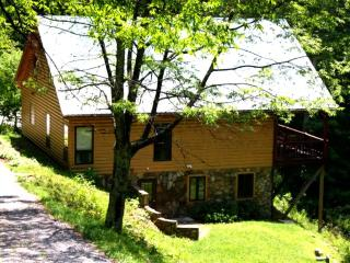 3 bedroom House with Deck in Mars Hill - Mars Hill vacation rentals