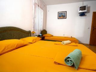 Apartaments Dalila-Velika plaza - Ulcinj vacation rentals