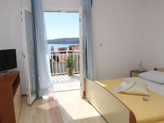 Lovely apartment with sea view - Trogir vacation rentals