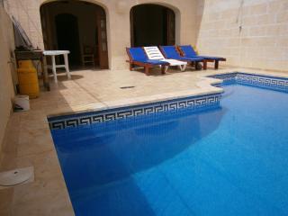 Alley farmhouse gharb gozo - Gharb vacation rentals