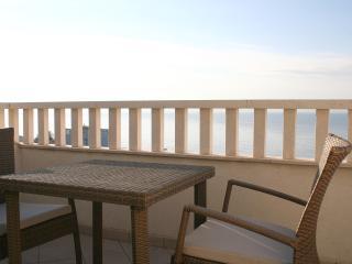 Apartments Johnny S1 close to beach and Split center - Podstrana vacation rentals