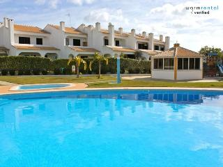 Shimmy Brown Apartment - Loule vacation rentals