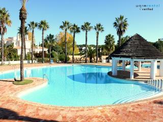 Stevens White Apartment, Quinta do Lago, Algarve - Quinta do Lago vacation rentals