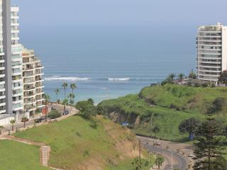 Wonderful Condo with Internet Access and Satellite Or Cable TV - Lima vacation rentals