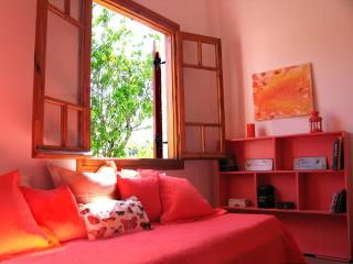 A Holiday House in Aegina Island - Kondos vacation rentals