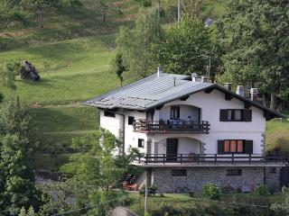 Nice Condo with Balcony and Fireplace - San Marcello Pistoiese vacation rentals
