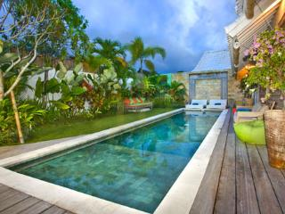 Colours Villa 3 bedrooms Oberoi Seminyak - Seminyak vacation rentals
