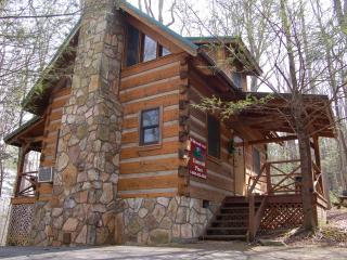 "Smoky Mountain Honeymoon ""EMERALD PINES"" Cabin - Cosby vacation rentals"