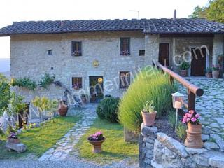 6 bedroom House with Deck in Sesto Fiorentino - Sesto Fiorentino vacation rentals