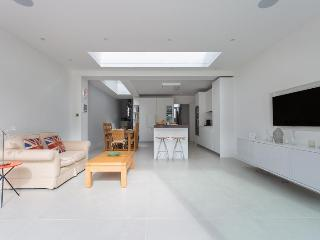 Fernhurst Road II - London vacation rentals