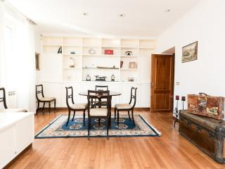 Fantastic Gianicolo Apt - Rome vacation rentals