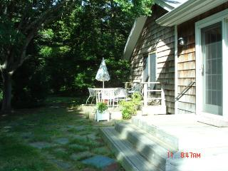 WESTHAMPTON RETREAT JUST 3 MILES TO THE BEACH! - Westhampton vacation rentals