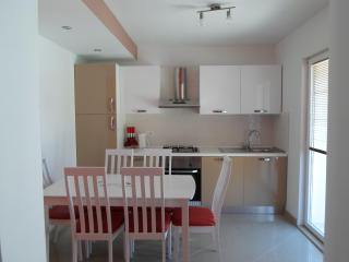 Nice Condo with Deck and Dishwasher - Blace vacation rentals