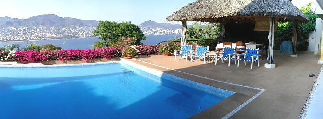 View of the pool and bay - Villa Casa la Piedra - Acapulco - rentals