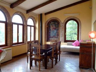 LA PASSIONATA - Cortaccione vacation rentals
