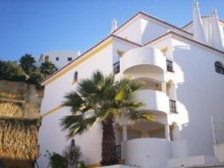 Duplex 2 Bedroom Apartment in Carvoeiro, Algarve, Portugal - Carvoeiro vacation rentals